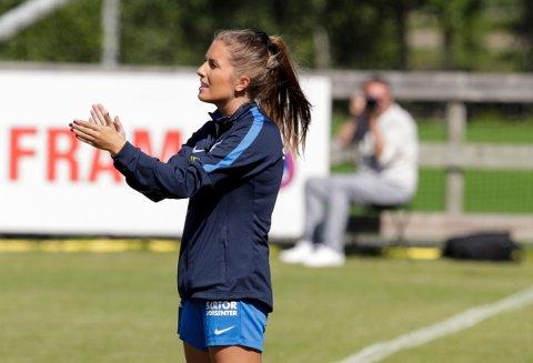 MYE Å KLAPPE FOR:  Sotra-trener Renate Blindheim vant den historiske duellen med NFKS Magnus Erga og har sendt Sotra til foreløpig tabelltopp.