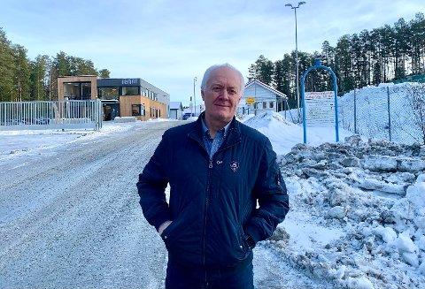 GOASHOLT: Tom Aasland mener tiden er inne for en politisk vurdering av IRMAT og Grønn Vekst Telemark.  Han mener politikerne, kommunen og andre aktører nå må komme på banen.
