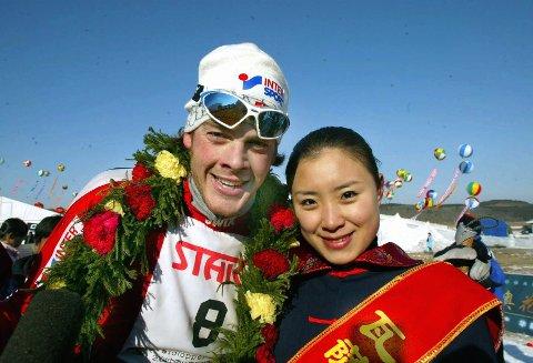 12 ÅR SIDEN: Rett over nyttår i 2004 slo Jørgen Aukland til med seier i det kinesiske Vasaloppet. Nå lar han de fleste av løperne på Team Santander bli hjemme.