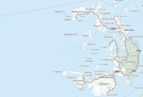 ØYRIKE: Austervoll ligger i Hordaland, sør for Bergen. Kartutsnitt: 1881.no
