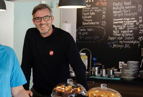 OPTIMISTISK: Thomas MacKinnon, daglig leder for Frelsesarmeens rusomsorg i Tønsberg er optimistisk og tror de skal klare å finne nye lokaler, selv om det er vanskelig.