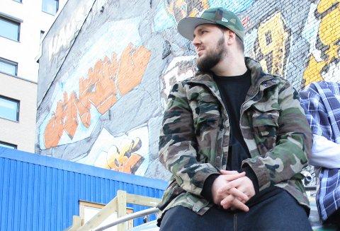 INVITERER: Rapper Glenn Johnsrud håper på godt oppmøte fredag kveld. (Arkivfoto: Thomas Bergskaug)