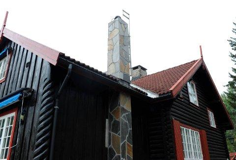 SKALBORT:Om få uker skal det jevnes med jorda; den tidligere jakthytta og det gjennom mange år så staslige tømmerhuset Kringsjå i Stasjonsveien 63.