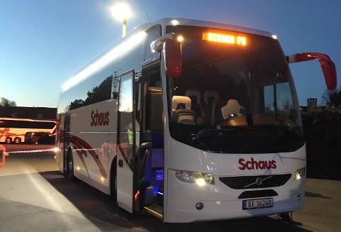 JUBILEUM: Denne bussen er kjøpt inn i anledning 75-års jubileet til Vestby-selskapet Schaus Buss.