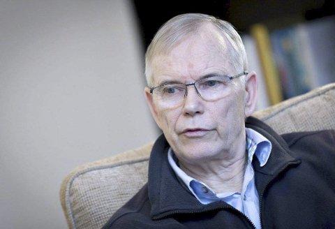 Stein Bergsmark er én av få forskere som nekter for at klimaendringene er menneskeskapt, men han synspunktene måtte han holde lenge skjult for omverdenen.