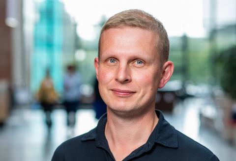 NY SJEF: Erik Lunde fra Risør skal lede Strømmestiftelsen, som har som mål å bekjempe fattigdom.