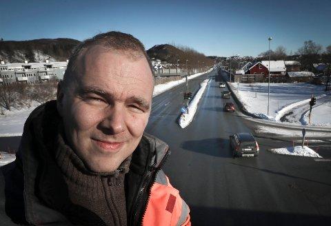 Seksjonsleder: Lars Petter Kaski i Statens vegvesen, region nord ser flere sider av veisalt-bruken.