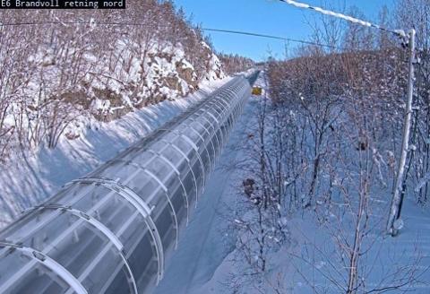 TUNNELEN: Slik ser illustrasjonen til RoadCap ut for øvre del av Brandvollbakken på E6 i Bardu kommune. Tunnelen vil være av skuddsikkert glass, i materialet polykarbonat, og i første omgang være på 54 meter.