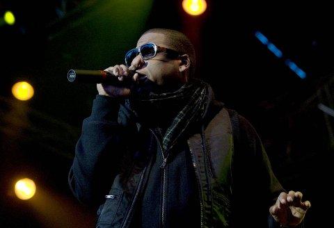 Jay Zs og kona Beyoncé vant en Grammy for The Charters-albumet «Everything is love». Fredrikstad-mannen Fredrik William Ball har produsert tre låter på albumet.