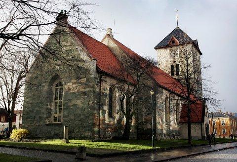 TRONDHEIM 20071101: Vår Frue kirke i Trondheim ble torsdag gjenåpnet for publikum, etter at den har gjenomgått en omfattende restaurering både utvendig og innvendig.  Foto: Gorm Kallestad / SCANPIX .