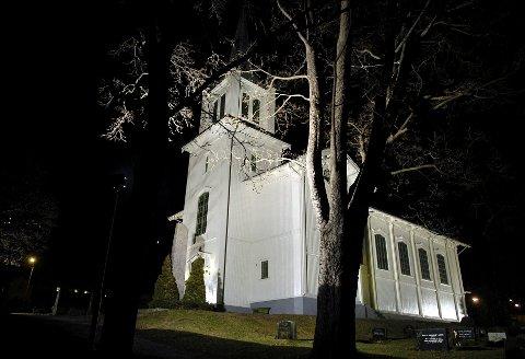 NEDRE EIKER KIRKE: Selv om Nedre Eiker kommune ikke finnes lenger, lever kommunenavnet videre. Kirken og soknet i Krokstadelva skifter ikke navn.