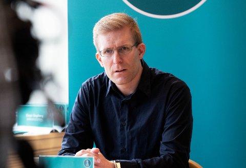 Kommuneoverlege John David Johannessen syns det er leit å høre om nok et dødsfall ved Drammen sykehus.