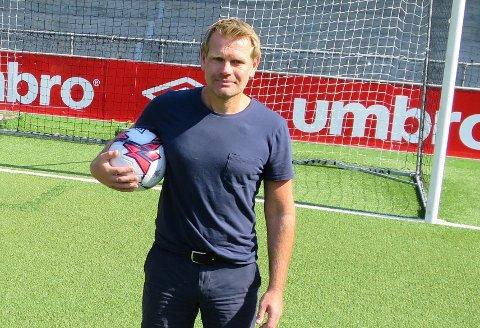 TEK OVER: Ole Erik Grinde tek over som dagleg leiar i Sogndal Fotball etter Rasmus Mo.