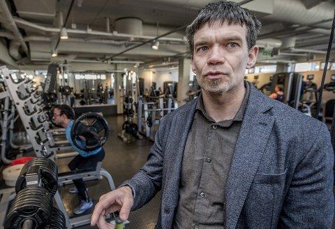 Vissvass: Fysioterapeut Gudmund Grønhaug betegner manuellterapeut Bent Brasks uttalelser i gårsdagens avis for ufaglig vissvass. Foto: Geir A. Carlsson