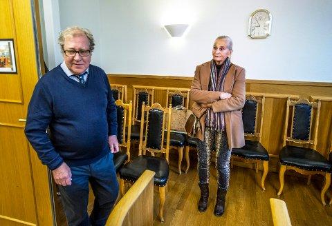 BØTELAGT: Laila Bergstrøm og advokat Arild Karlsen tapte mot kommunen i saken som gjaldt skadeverk på trær.