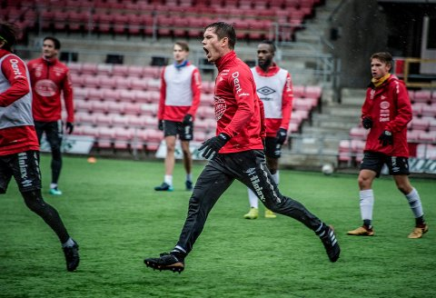 TEMPERATUR: Eirik Mæland og FFK-troppen er tente foran lørdagens seriekamp mot Fram Larvik.