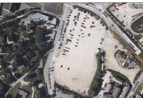 Gratis med gebyr: Noen få biler fikk feilaktig gebyr på parkeringsplassen på Værste under TSR. Q-Security hører gjerne fra dem med lapp torsdag morgen 11. juli.