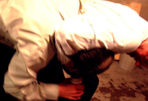 Håndgemeng: Det oppsto håndgemeng da gjesten nektet å forlate festen. Illustrasjonsfoto
