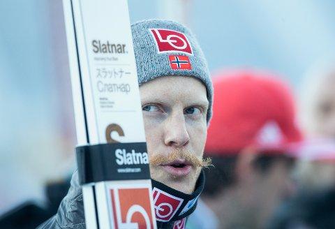 Robet Johansson endte på 27. plass i skiflyginsrennet i Oberstdorf lørdag.