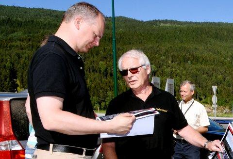 Paal Søberg fra Vinstra er en av dem som har deltatt aktivt i debatten om E6 og om lokalvegen i Fron. I sommer møtte han samferdselsminister Ketil Solvik-Olsen, for å gi tilkjenne sitt syn i vegsaken.