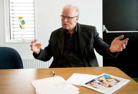 Høgskolelektor Terje Onshus er betenkt over en utvikling der studentene legger ned stadig mindre innsats.