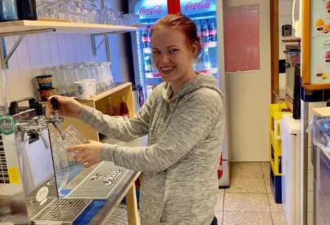 ALLE RETTIGHETER: Liv Marie Fredheim gleder seg til å kunne tilby kundene temakvelder.