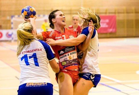 Malene Staal var en nøkkelspiller for nå nedlagte Halden Håndballklubb. Nå er det energiske bakspilleren aktuell for spill i Tyskland.