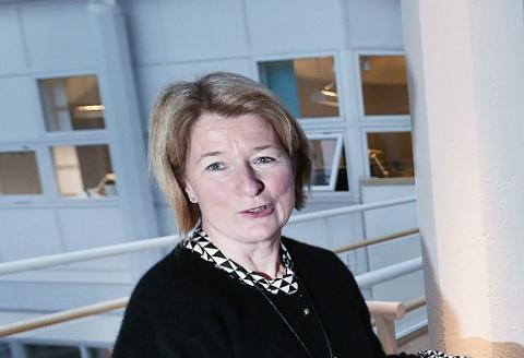 BEKYMRET: Anne Husebekk frykter konsekvensene om UNN slås sammen med Finnmarkssykehuset.