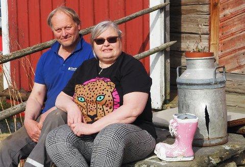 VERTSKAP: Håkon Fiskvik og Sissel Eldal er spente på 2021-sesongen. I fjor fikk de selveste Norges-ferien på besøk.