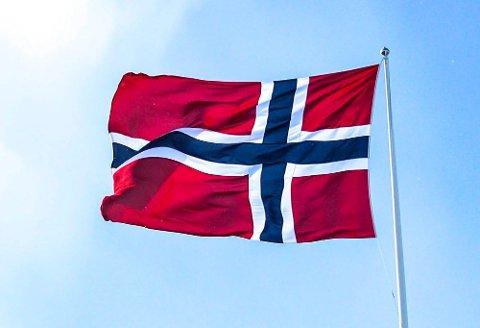 Aurskog-Høland kommune beklager at flaggreglene ikke ble fulgt ved Aursmoen skole 17. mai.