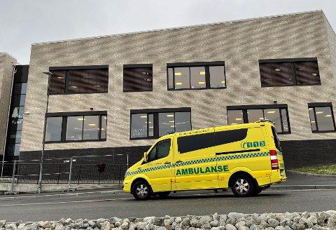 Gutten ble tilsett av ambulansepersonell.