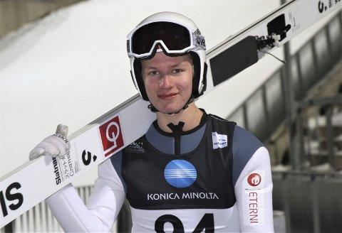 DRømmen: Ble tatt ut, og det var drømmen. Ole Kristian Baarset har all mulig grunn til å være fornøyd etter at han er tatt ut til juniorverdensmesterskapet i hopp. Foto: Svein Halvor Moe