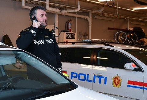 Politioverbetjent Are Uppheim ved Kvinnherad lensmannskontor minner om reglane for avstand og grupper. Han ber om at desse enno blir tatt på alvor. (Arkivfoto).