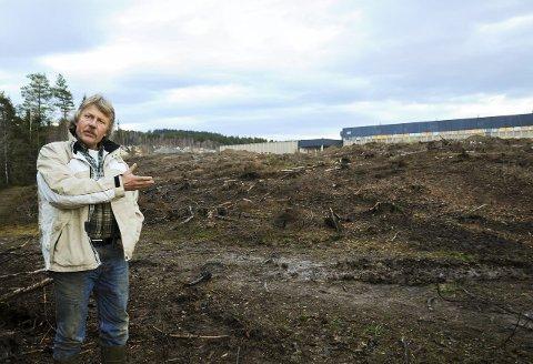 UTVIKLER: Eiendomsutvikler Nils Chr. Gevelt på Kværner-tomta som han totalt skal bruke tre år på å klargjøre til næringstomt. Hva det blir av næring er imidlertid usikkert.ARKIVFOTO: PÅL A. NÆSS