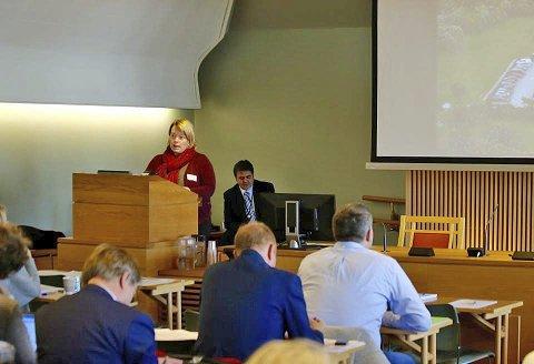 TALE: Leder i Aksjonsgruppa i Lofoten, Elisabeth Holand, var en av innlederne. MMS: privat