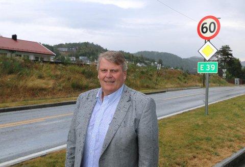 GLAD: Det var en glad Hans Fredrik Grøvan som onsdag mottok nyheten om at den lenge etterlyste statlige kommunedelplanen fro E39 vestover fra Lyngdal endelig er i boks.