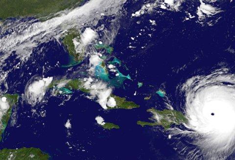 PÅ VEI: Dette bildet ble tatt natt til i dag. Nå er orkanen Irma på vei vestover mot USA og Florida.