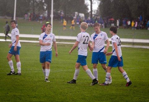 SEMIFINALE: Kolbotns G17-lag sikret seg en plass i semifinalen etter seier over ASAL FC. Her fra gruppespillet.