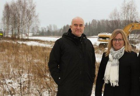 TILBAKEVISER KRITIKKEN: Anne Kristine Linnestad og Helge Bunæs i Nordre Follo Høyre.