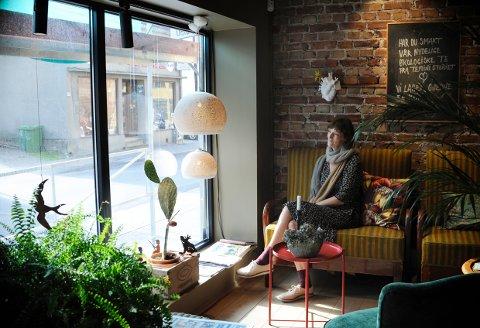 GAMMELT OG NYTT: Elisabeth Bärwal har akkurat åpnet den spesielle butikken Wald i Storgata, med nye og gamle ting du ikke får overalt.