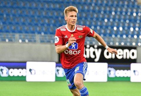 Skal stoppe Fram: Halse-gutten Fredrik Berglie er midtstopper og kaptein på Skeid. Lørdag møter han Fram i hovedstaden.