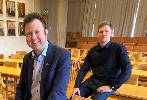 UENIG: Yngve Sætre (H) (til venstre) og Magnus Stenseth (Ap) er dypt uenig om eiendomsskatt.