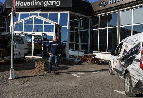 FORNØYD: De første fire ukene av korona, var daglig leder Jørn Hennig veldig spent på hvordan ting skulle bli for Vrengen Maritime. Nå er alle båtene de har på lager solgt.