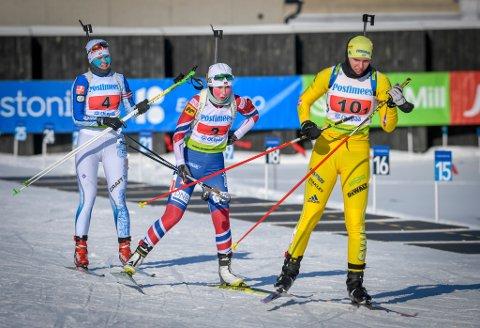 Marthe Kråkstad Johansen og de andre deltakerne i junior-VM skal søndag gå jaktstart. Da blir skytingen viktig. Både Kråkstad Johansen og Emilie Ågheim Kalkenberg ligger slik til (nummer 9 og 11) at de på en god dag kan ta medalje.