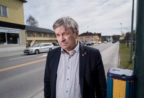 Kjell B. Hansen (Ap) er naturlig nok ikke fornøyd med valgresultatet. Han mener det nå er viktig å starte arbeidet med å få fram lokale stortingskandidater til neste valg.