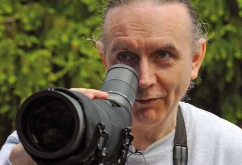 Ornitolog: Håkan Billing sier vannfuglmating er farlig for fuglene. - De kan bli deformerte, sier han.