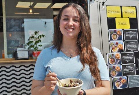 STREETFOOD: Da Vilde Weum besøkte mattruckene på torget var det pastaen fra Pasta og Basta som ble valget.
