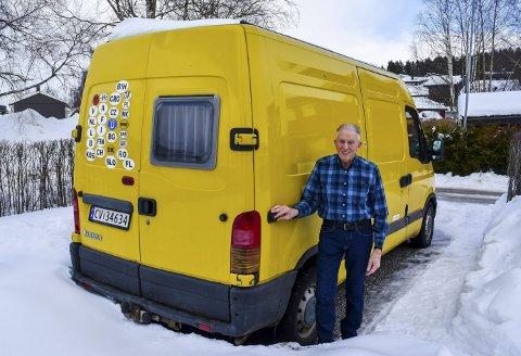 SELVBYGGET: De siste årene har Nils Nilsen fartet rundt i hele Europa i sin ombygde bobil. Han har besøkt alle landene i Europa.FOOT: John Petter Nordbø