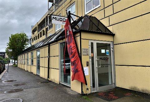 TØMT: Lokalene til Mudo Gym i Stasjonsgata i Mysen, står helt tomme, telefonnummeret er frakoblet og medlemmenes adgangskoder fungerer ikke.