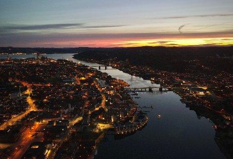 SMITTEREKORD: Lørdag ble det påvist 30 nye tilfeller av korona i Porsgrunn. Fra midnatt av går kommunen over til 5b.